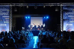 Il pubblico al concerto dell'orchestra Bailam
